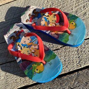 4/25$ 🦋 Disney flip flops for toddler